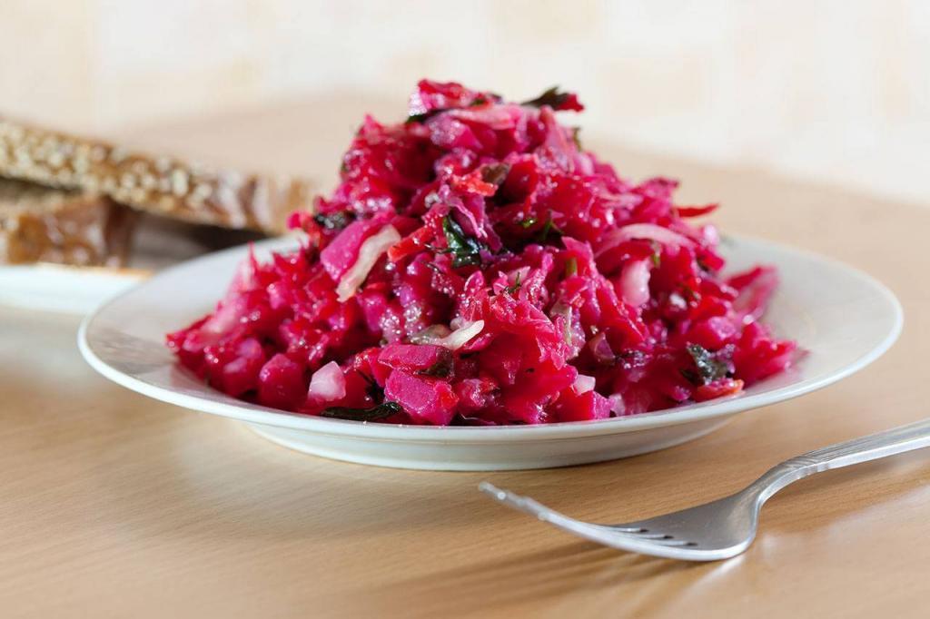 Рецепт салату з червоного буряка